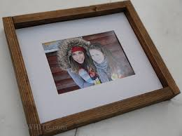 easy to make wood gallery wall frames from 1x2 furring strips