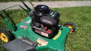 Fixing a Briggs & Stratton Surging Lawnmower