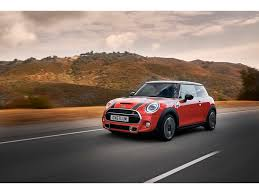 2019 <b>MINI</b> Cooper Prices, Reviews, and Pictures | U.S. News ...