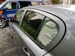 mobile car glass replacement or van window repair company in woolwich at low cost s