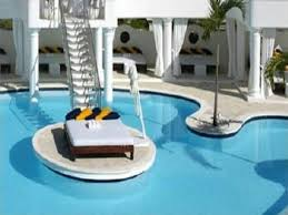 Relax on a sun bed