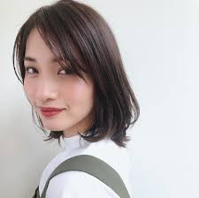 2019髪色はベージュカラーがトレンドブリーチなしでも Arine