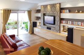 How To Make Your Room Look Bigger 7 Simple Tricks To Make Your Living Room Look Bigger Renomania