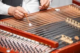 Berikut adalah pemaparan mengenai alat musik tradisional. Pengertian Musik Daerah Beserta Ciri Dan Contohnya Kelas Pintar