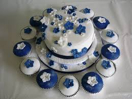 Navy Blue And White Wedding Cake And Cupcakes Supercakes Diane Fry