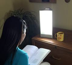 lamp for seasonal disorder light therapy