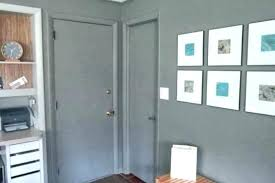paint interior doors what color