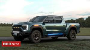 GM plans to rival Tesla with <b>new electric</b> truck - BBC News