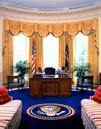 oval office photos. the oval office during administration of bill clinton courtesy white house historical photos l