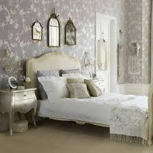 Interior design ideas bedroom vintage Bed 20 Vintage Bedrooms Inspiring Ideas Decoholic Davotanko Home Interior Vintage Decorating Ideas For Bedrooms Davotanko Home Interior