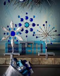 40-fresh-blue-christmas-decorating-ideas-6