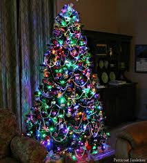 Christmas Tree with either colored or white lights. Description from  pinterest.com. I