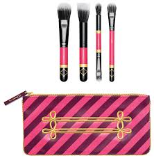 danielle s gift guide make up brushes