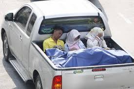 Government asks for delay in pickup ban | Bangkok Post: news