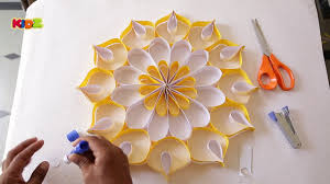 how to make wall decoration with paper easy diy home decor ideas