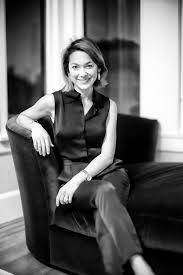 Emily Chang (journalist) - Wikipedia