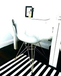 Black White And Gold Bedroom Decor Cute Guest Bedroom Idea For A ...