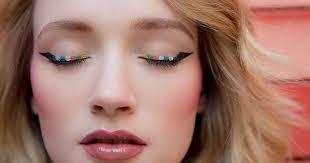 3 multicolored eyeliner