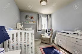 Baby Schlafzimmer Interieur Jungen Raum Graue Wände Und Weiße