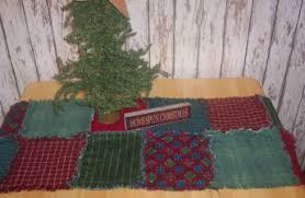 free step by step directions how to make a christmas raggedy quilted table runner