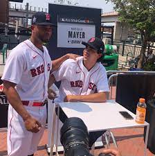 Red Sox' top draft pick Marcelo Mayer ...