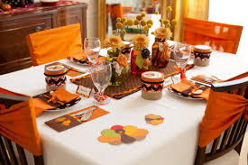 Nice Thanksgiving Table Decorations Thanksgiving Table Decorating Ideas On  A Budget in Thanksgiving Decorations