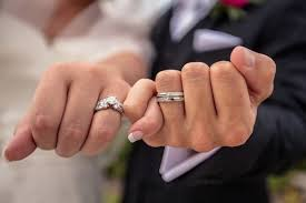 Bridebox Engagement Ring Vs Wedding Ring What S The Difference
