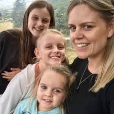 babysitting jobs for 13 babysitting job alicia from wellington babysits