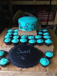Sweet Sixteen Cake And Cupcakes Cake Decorating Cupcake Cakes