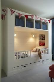 Kleine Räume mit praktischem Stauraum ausstatten | Ideen rund ums ...