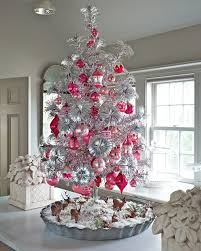 exciting-silver-and-white-tabletop-christmas-tree-decorations-