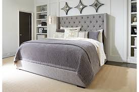 Add white nightstands and white light blue bedding Could make