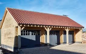 advanes of oak framed garages