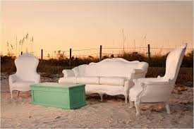 Outdoor wedding furniture Dance Floor Onewed Vintage White Lounge Pieces For Outdoor Wedding Reception On The Beach