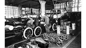 henry ford assembly line diagram. Simple Assembly Moving Assembly Line Henry Ford In Assembly Line Diagram O