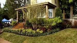 Landscaping Design Ideas For Front Of House Front Yard Landscaping Ideas Diy