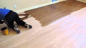 how to stain hardwood floors by hand