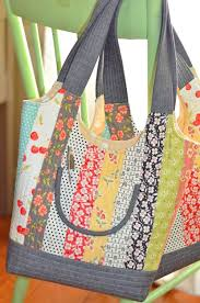 Best 25+ Quilted bags patterns ideas on Pinterest | DIY quilted ... & Feedsack Bag Pattern from Fig Tree Quilts. Includes three different sizes.  One jelly roll Adamdwight.com