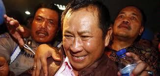 Susno Duaji, Sang Jenderal Kontroversial Ditangkap Di Bandara - 2330446620X285