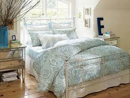 vintage decor clic: captivating picture vintage bedroom decor with fresh blanket on