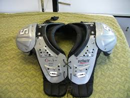 Schutt Y Flex 80005 Youth Size Large Football Shoulder Pads