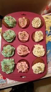 Les Cupcakes au chocolat avec glaçage crème au beurre