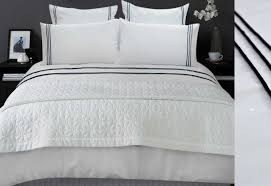 black trim queen duvet cover or king quilt cover set with white pillowcases set loading zoom