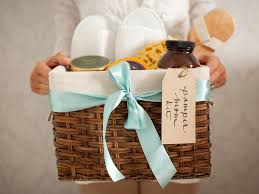 create a gift basket of spa essentials