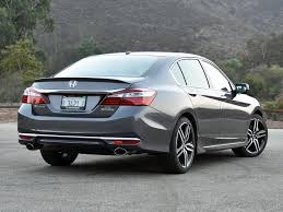 honda accord sport 2017 inside. the 2017 honda accord might have a few glaring flaws, but is otherwise an excellent choice in midsize family sedan. sport inside