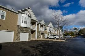 Avalon <b>Bear</b> Hill | <b>Compass</b> Furnished Aparments in Waltham, MA
