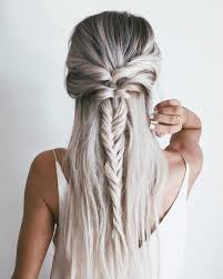 Cheveux Autres Poils Une Demi Tresse En Pi Idee Coiffure Idee Coiffure