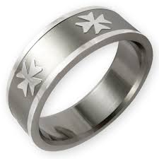 stainless steel ring maltese cross 001