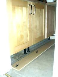 how to remove kitchen cabinets removing kitchen cabinets how replacing kitchen cabinet doors uk