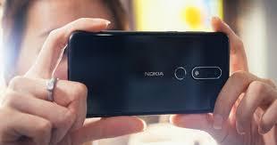 Trên tay Nokia X6 tại VN: Vỏ kính, màn hình tai thỏ, camera kép, cấu ...